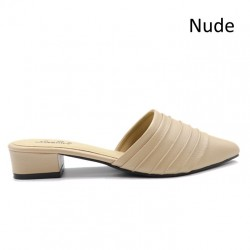 Jiasilin Slip On Sandals (Nude)