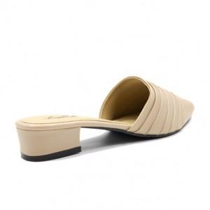 Jiasilin Slip On Sandals (Nude)