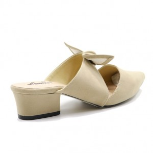 Jiasilin Suede Slip On With Ribbon (Nude)